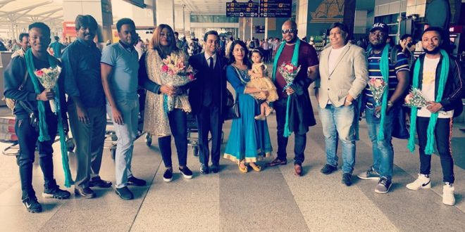 News: Sinach Tours India